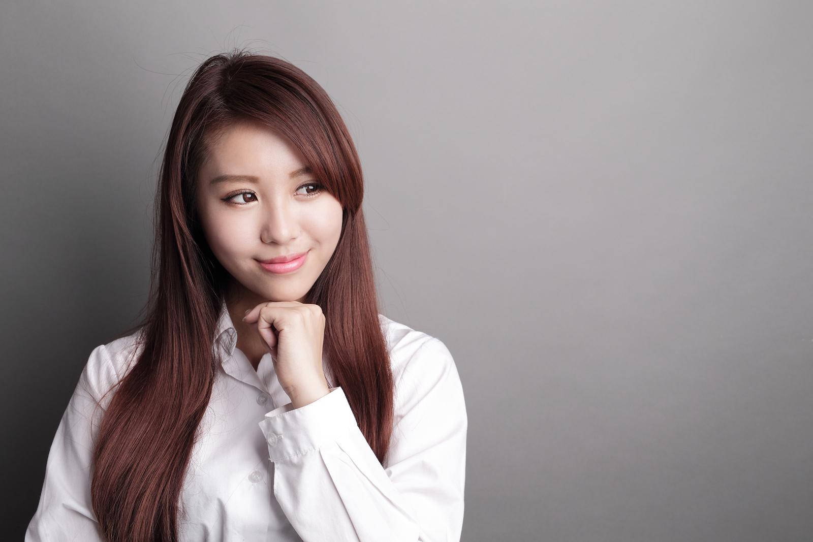 thinking business woman caproasia com