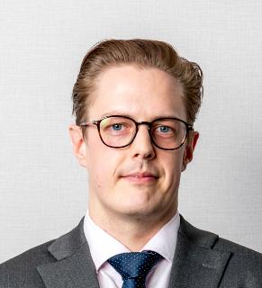 Cameron Systermans Portfolio Manager At Mercer Headshot