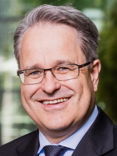 Dr. Martin Steinbach EY EMEIA IPO Leader Headshot