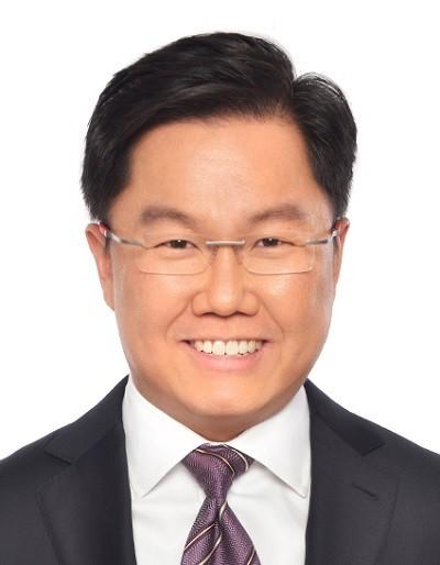 Leong Sing Chiong MAS Deputy Managing Director Headshot