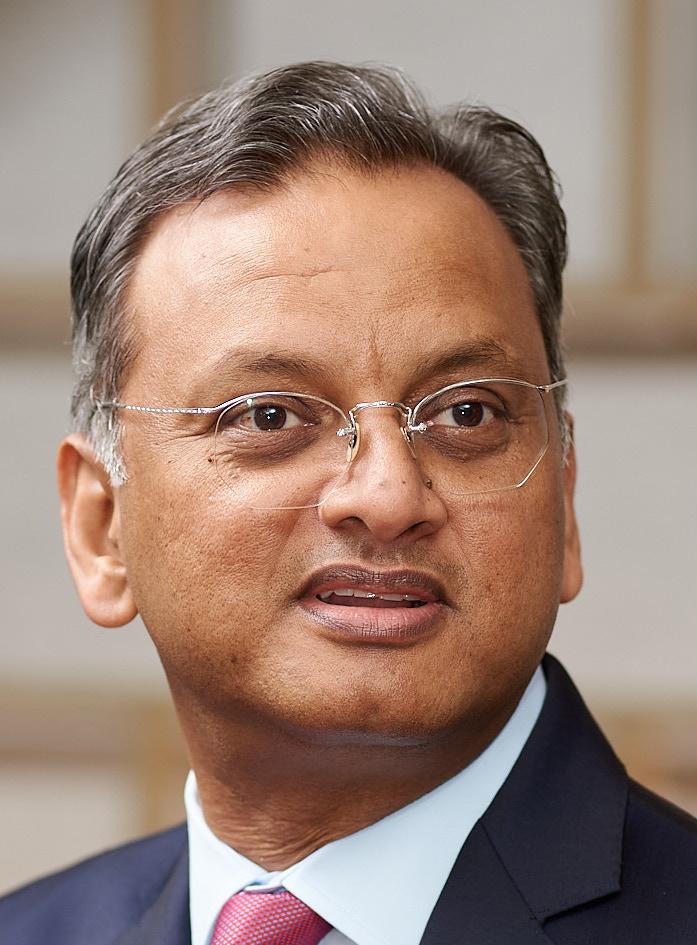 Deutsche Bank Kamran Khan Headshot